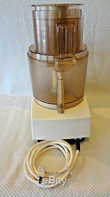 CUISINART DLC-7 SUPER PRO FOOD PROCESSOR with DLC-055 WHISK ATTACHMENT & 11 DISC'S