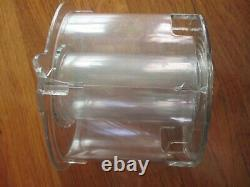 Cuisinart model DFP-14BCWN (TYPE33) 14-Cup Food Processor use lid need to replac