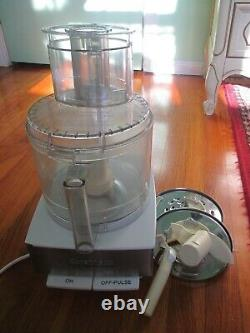 Cuisinart model DFP-14BCWN (TYPE33)14-Cup Food Processor use lid need to replace