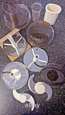 Vintage 1986 Cuisinart Food Processor GREAT LOOK Works Great! With ACCESSORIES